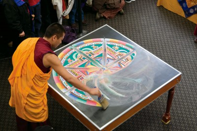 tibetan-monks-ps-visit-2009-7.jpg
